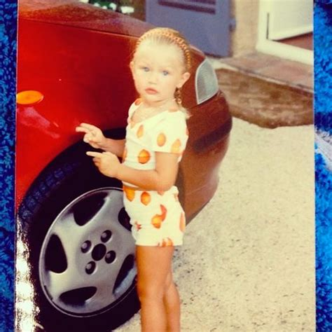 this baby photo of gigi hadid proves she was born to be a 56 best gigi as a child images on pinterest bella hadid