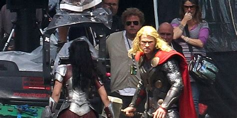 film thor sinopsis thor the dark world synopsis unveiled by disney