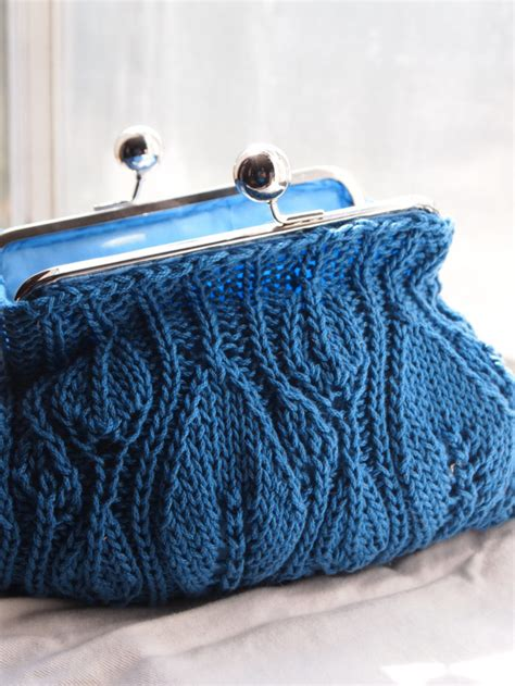 Make Jealous With A Handknit Knitting Bag Clutch Fashiontribes Fashion by Clutch Knitting Patterns In The Loop Knitting
