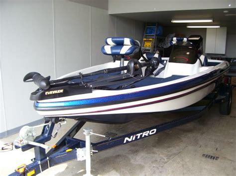 nitro bass boat pics hydeo streem bass boat pics