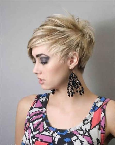 funky asymmetric hairstyles new asymmetrical haircuts asymmetric hairstyles 2011