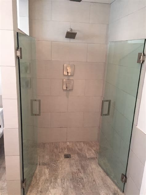 Saloon Shower Doors Solana Saloon Style Doors Patriot Glass And Mirror San Diego Ca