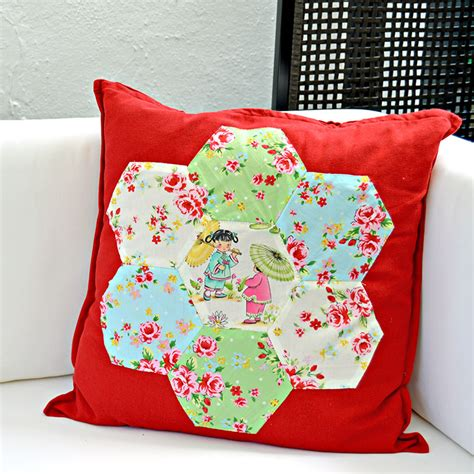 Sarung Bantal Cushion Cover Hexagon Blue gorgeous chinoise applique hexagon patchwork cushion pillar box blue