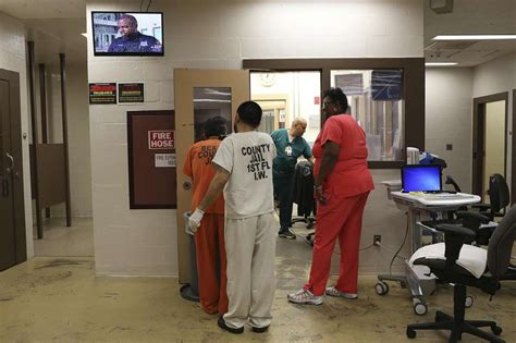 San Antonio Inmate Records Jails Are No Place To Treat The Mentally Ill San Antonio Express News