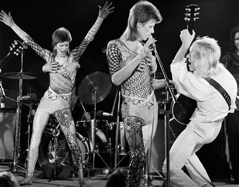 David The Unseen unseen photos of ziggy stardust s show pictures