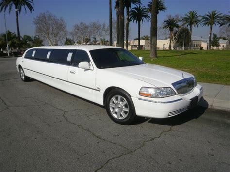 Limousine Transport by Ibiza Limousine Transport With Show