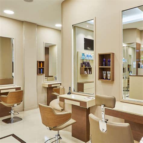 le salon de coiffure ouvert le dimanche