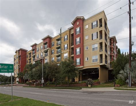appartments in houston tx valencia houston tx apartment finder