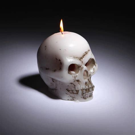 bleeding skull candle shut     money