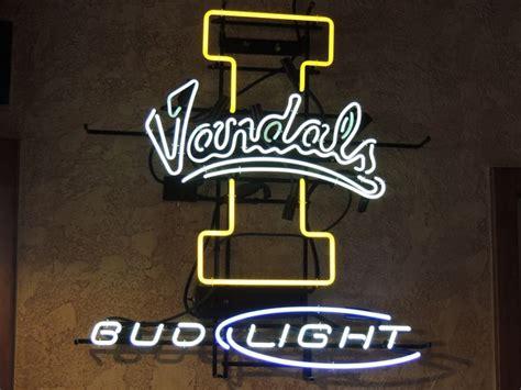 neon bud light beer signs 216 best neon beer signs sports images on pinterest neon