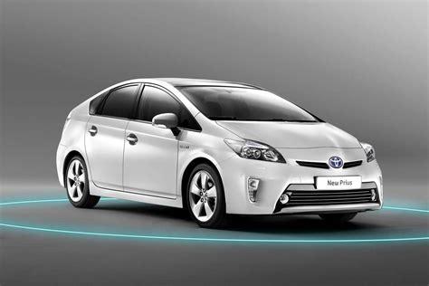 2012 Toyota Prius 2012 Toyota Prius Hybrid Slowly Sneaks Onto The Show Floor