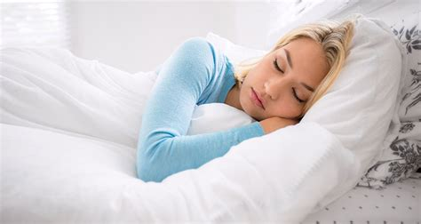 tips for girls in bed 100 insomnia busting secrets to sleep better and faster