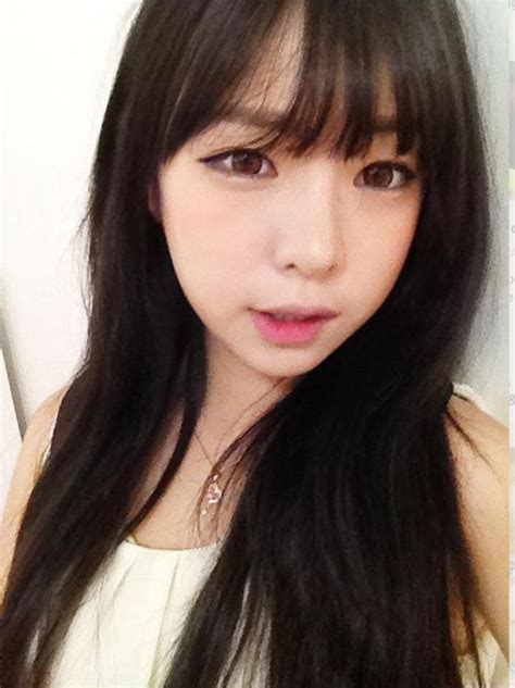 see throuh bangs on a small forehead the hairstyle to try this spring asian see through bangs