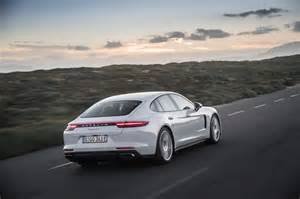 Panamera Porsche 2018 Porsche Panamera 4 E Hybrid 31 Motor Trend