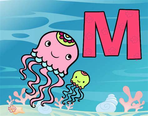 desenho de letra m pintado desenho de m de medusa pintado e colorido por usu 225 n 227 o registrado o dia 02 de novembro do 2015