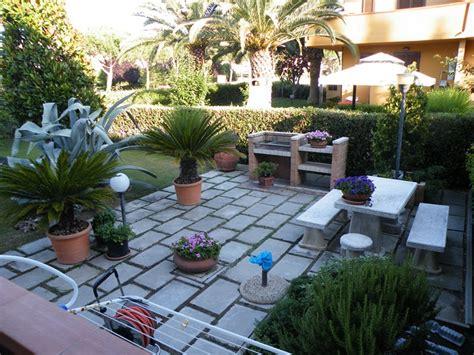 immagini di villette con giardino foto giardini villette stunning giardino progetto