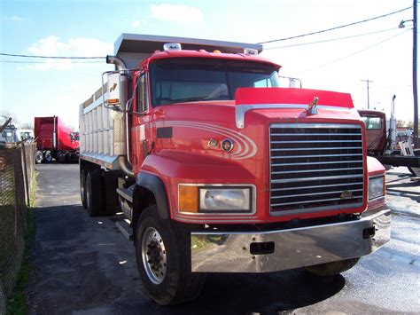 volvo automatic truck for sale 100 volvo automatic truck for sale new vnl volvo