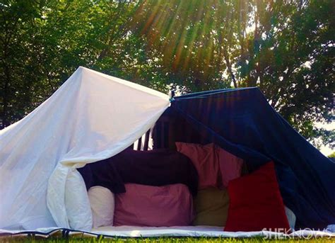 how to build a backyard fort how to build a backyard pillow fort