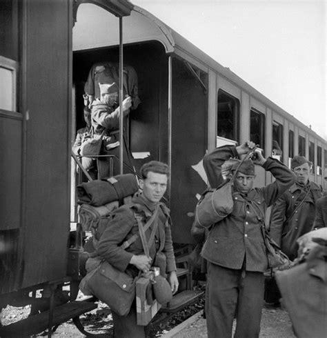 résumé un simple soldat les lecteurs de la croix racontent l 233 e 1945 la croix