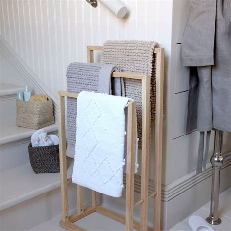 bathroom towels and rack simple bathroom ideas