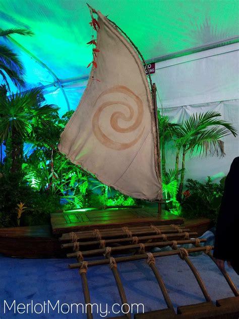 moana boat prop moana red carpet premiere experience pinterest