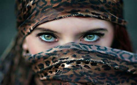 girl eyes themes muslim girls eyes wallpapers www imgkid com the image