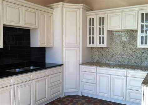 White Antiqued Kitchen Cabinets Antique White Maple Rta Kitchen Cabinets