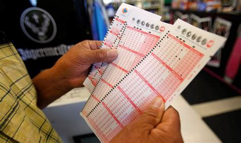 How Do You Win Money In Powerball - winners in 3 states to split record 1 6b powerball jackpot