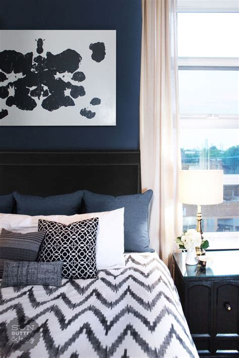 navy blue curtains for bedroom 25 best ideas about navy blue bedrooms on pinterest