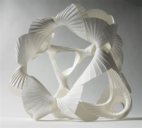 beautiful examples   paper sculpture deas