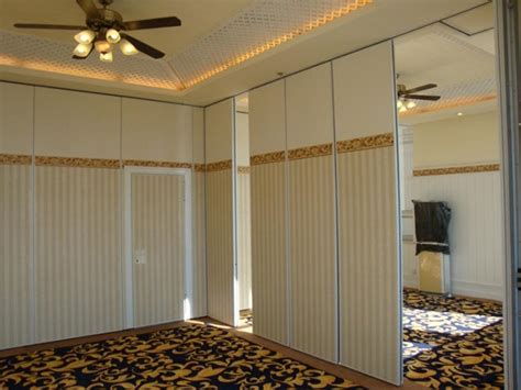 soundproof room dividers soundproof accordion room dividers best decor things