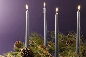 candele colorate significato il significato delle candele dell avvento
