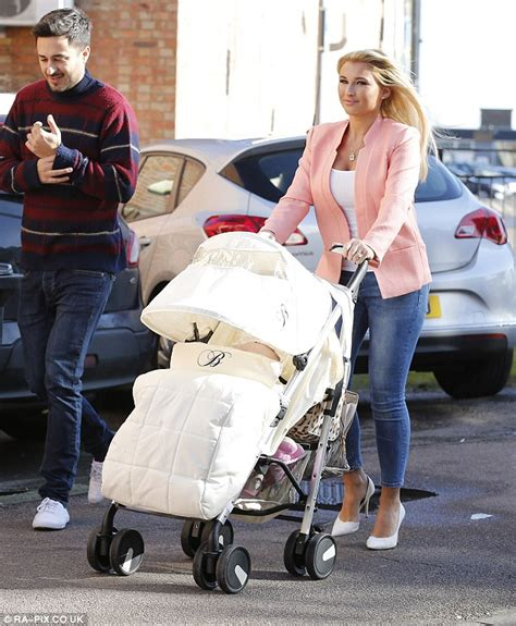Fedora Stroller S3 Plum Pink towie s billie faiers gushes nellie after
