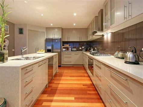 Small C Shaped Kitchen Designs by Classic Island Kitchen Design Using Laminate Kitchen