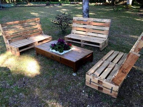 Diy Patio Furniture Out Of Pallets by Gorgeous Pallet Outdoor Furniture Set