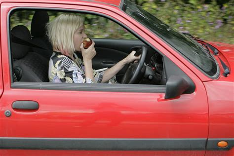 8 Things Not To Do While Driving by Eight Things Not To Do While Test Driving A Car Car