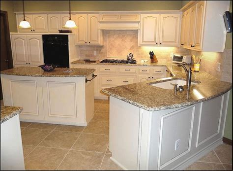 venetian gold granite with white cabinets best 25 venetian gold granite ideas on