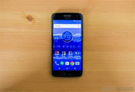 best small android phone best small android phones january 2018 bigger isn t always better