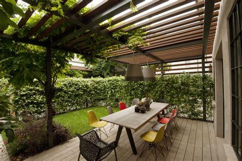in giardino come sfruttare gli spazi non usati in giardino
