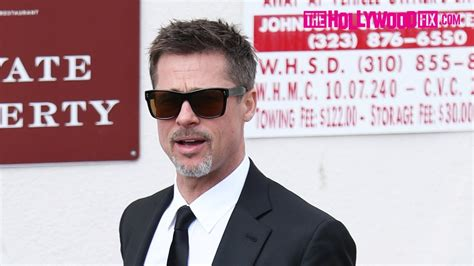 17 best images about calanders on brad pitt calendar 2014 and wall calendars brad pitt leaves chris cornell s remembrance luncheon at craig s restaurant 5 26 17