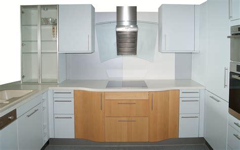 einzeilige küche wohnzimmer t 252 rkis