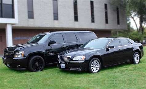 Car Shuttle Service by Town Car Limousine And Sedan Services In Seattle