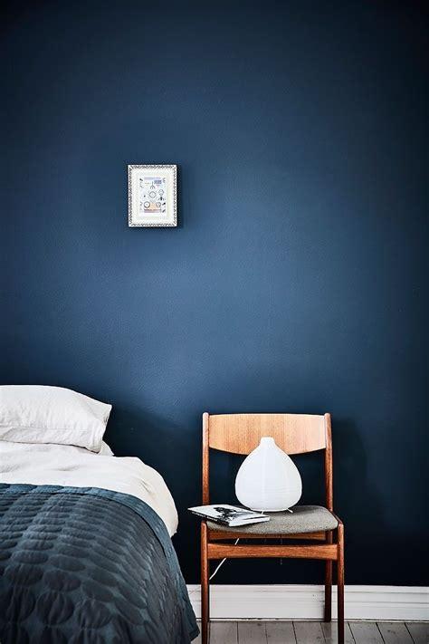blue bedroom blue bedroom walls navy bedrooms indigo peacock