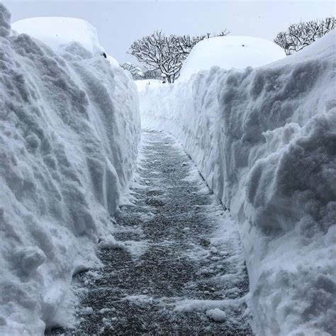 Records Pa Lake Effect Snowstorm Hammers Erie Pennsylvania Shattering At Least One All Time