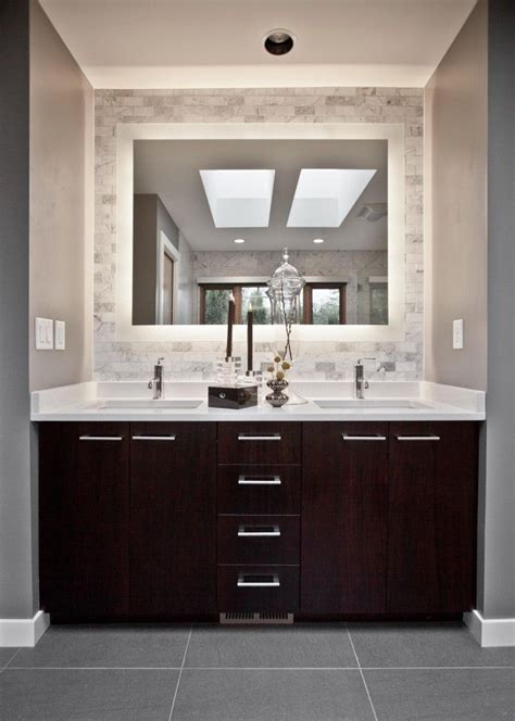 25 best ideas about small bathroom vanities on pinterest best 25 dark vanity bathroom ideas on pinterest dark