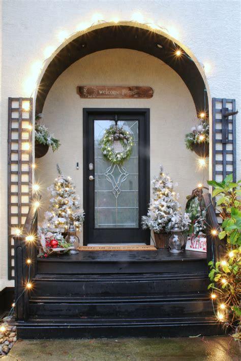 winter wonderland christmas front porch clean  scentsible