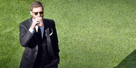Gaya Rambut Xabi Alonso 10 pesepakbola dengan brewok paling keren xabi alonso