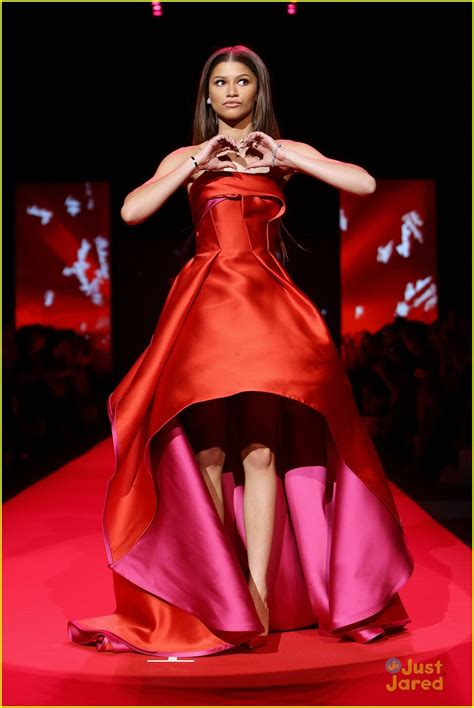 Dress Fashion Show by Zendaya Struts Stuff At Go For Fashion Show
