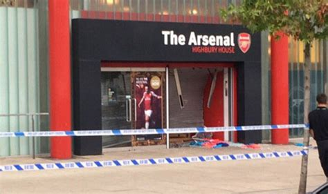 arsenal yards stores arsenal news club hit by raid as thieves break into