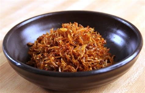 Korean Cook Si Hans Rice Noodle With Spicy Flavored Seafood Sup myeolchi bokkeum recipe best spicy and side